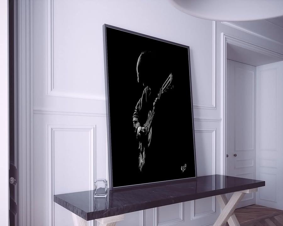 Tableau de guitariste 4 blanc sur fond noir. Guitarist modern painting